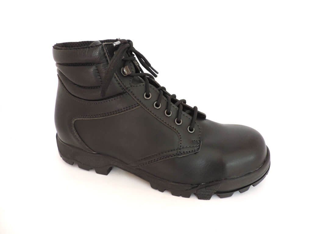 Steel-capped with oil- and acid-resistant soles c02d4fa808f