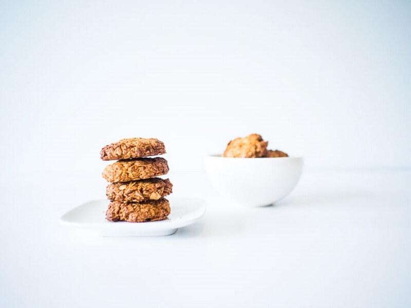 Healthy Sugar-Free Anzac Biscuits Vegan