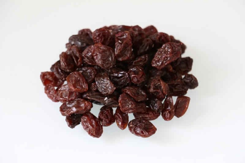 Toxic foods for dogs and cats: grapes and raisins